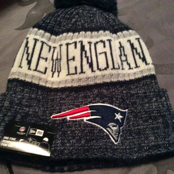 891102d0 Authentic New England patriots beanie hat NWT NWT